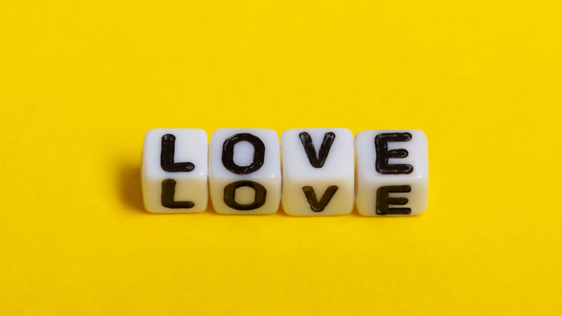 Love Backgrounds wallpapers